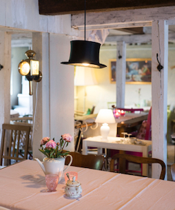 Hotel Bess Albersdorf | Kerzenhof Café Schafstedt