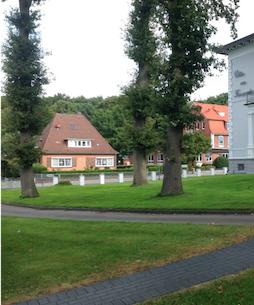 Hotel Bess Albersdorf | Einfahrt von der Bahnhofstraße